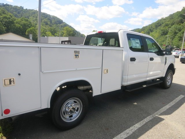 2018 F-250 Crew Cab 4x4,  Reading SL Service Body #18F604 - photo 6