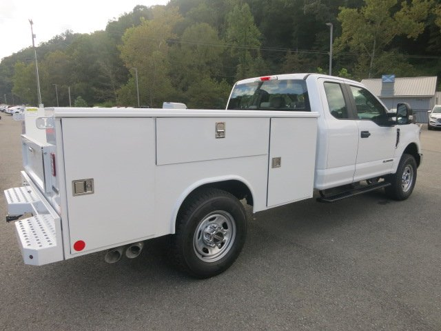 2018 F-350 Super Cab 4x4,  Reading Service Body #18F694 - photo 6