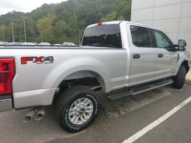 2019 F-250 Crew Cab 4x4,  Pickup #19F023 - photo 6
