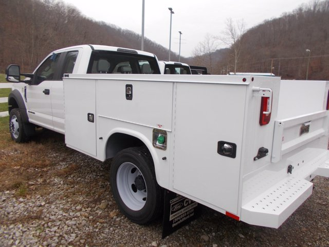 2019 Ford F-550 Super Cab DRW 4x4, Knapheide Service Body #19F573 - photo 1
