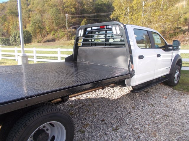 2019 Ford F-550 Crew Cab DRW 4x4, CM Truck Beds Platform Body #19F753 - photo 1