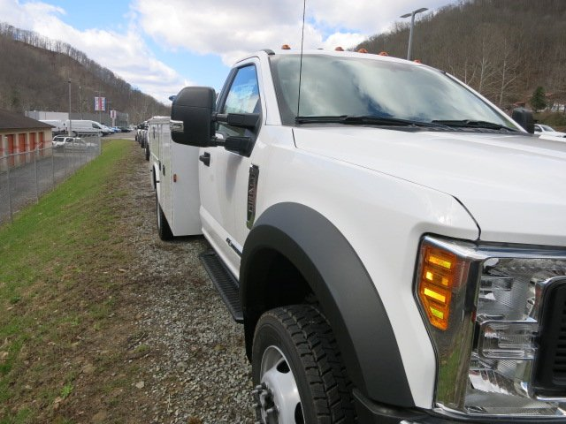 2017 F-450 Regular Cab DRW 4x4, Service Body #7F0272 - photo 4