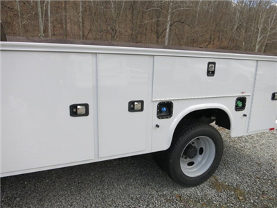 2017 F-450 Regular Cab DRW 4x4, Service Body #7F0272 - photo 6