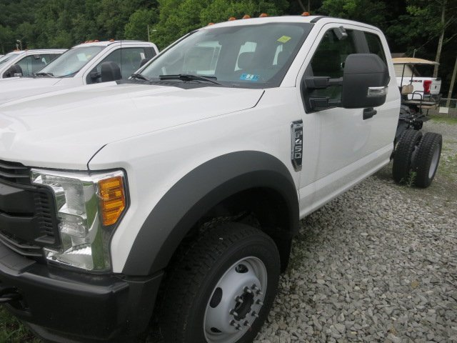 2017 F-450 Super Cab DRW 4x4, Cab Chassis #7F0310 - photo 1
