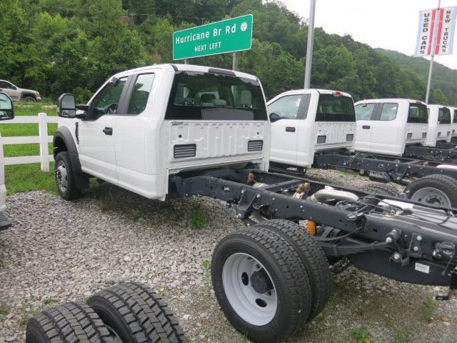 2017 F-450 Super Cab DRW 4x4, Cab Chassis #7F0310 - photo 2