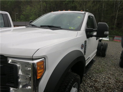 2017 F-550 Regular Cab DRW 4x4 Cab Chassis #7F0465 - photo 1