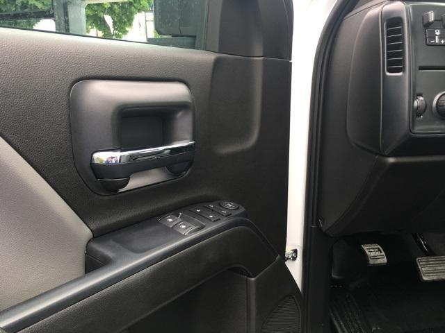 2019 Chevrolet Silverado Medium Duty Regular Cab DRW RWD, Knapheide Steel Service Body #191591 - photo 16