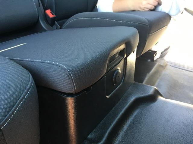 2019 Chevrolet Silverado Medium Duty Regular Cab DRW RWD, Monroe Contractor Body #191696 - photo 15