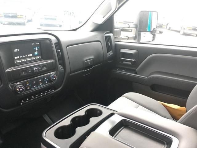 2019 Silverado Medium Duty Regular Cab DRW 4x2, Monroe Work-A-Hauler II Platform Body #191753 - photo 17