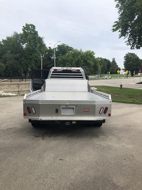 2019 Chevrolet Silverado 4500 Crew Cab DRW 4x2, Monroe Platform Body #191970 - photo 1