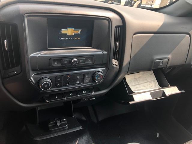 2020 Chevrolet Silverado Medium Duty Regular Cab DRW RWD, Platform Body #201023 - photo 5