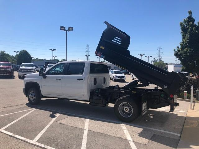 2020 Chevrolet Silverado 3500 Crew Cab DRW 4x4, Monroe MTE-Zee Dump Body #201712 - photo 3