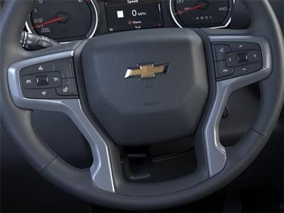 2020 Chevrolet Silverado 1500 Crew Cab 4x4, Pickup #201870 - photo 13