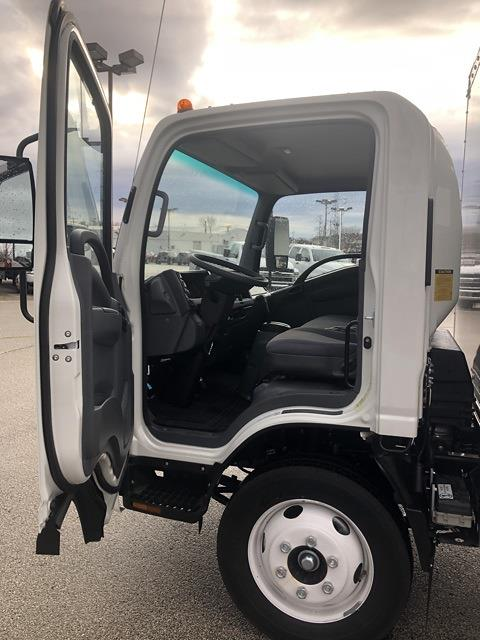 2020 Chevrolet LCF 4500 Regular Cab DRW 4x2, Bay Bridge Classic Cutaway Van #202234 - photo 5