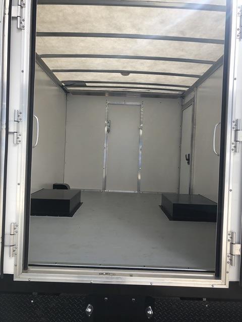 2020 Chevrolet Express 3500 4x2, Rockport Cargoport Cutaway Van #202254 - photo 6