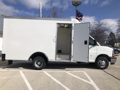 2020 Chevrolet Express 3500 4x2, Rockport Cargoport Cutaway Van #202254 - photo 2
