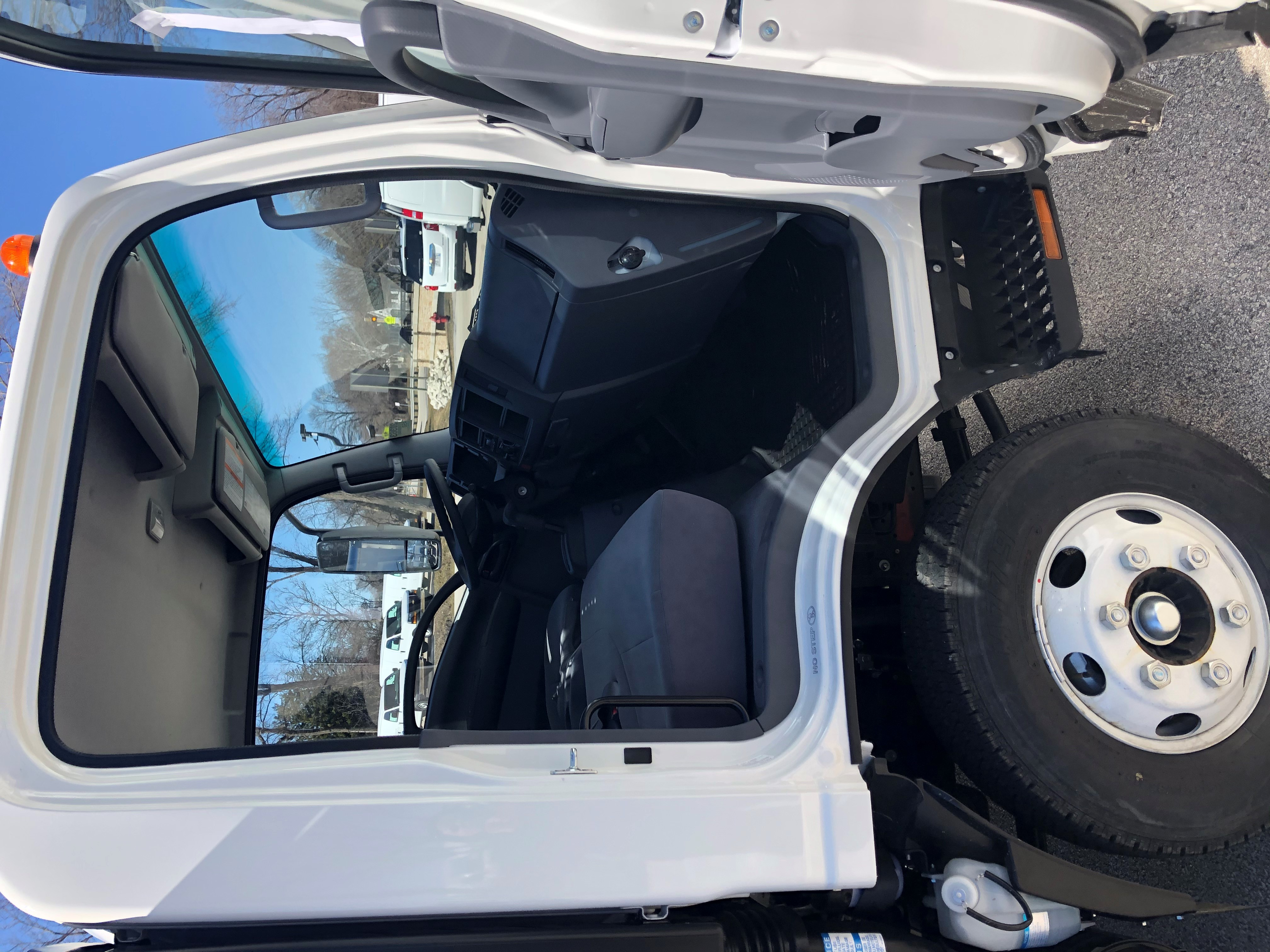 2020 LCF 4500HD Regular Cab 4x2, Morgan Prostake Stake Bed #20363 - photo 10
