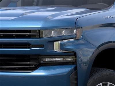 2021 Chevrolet Silverado 1500 Crew Cab 4x4, Pickup #210240 - photo 8