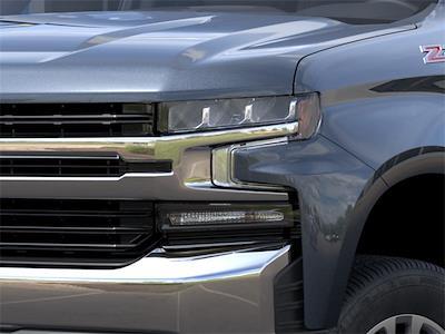2021 Chevrolet Silverado 1500 Double Cab 4x4, Pickup #210755 - photo 7