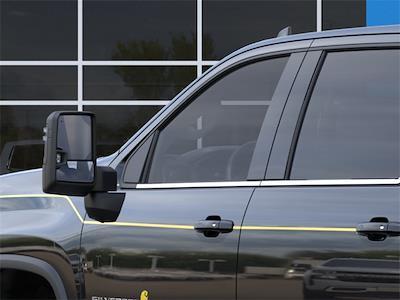 2021 Chevrolet Silverado 2500 Crew Cab 4x4, Pickup #210863 - photo 9