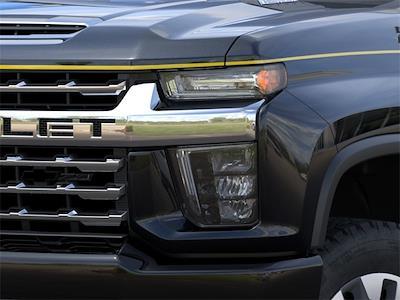 2021 Chevrolet Silverado 2500 Crew Cab 4x4, Pickup #210863 - photo 7