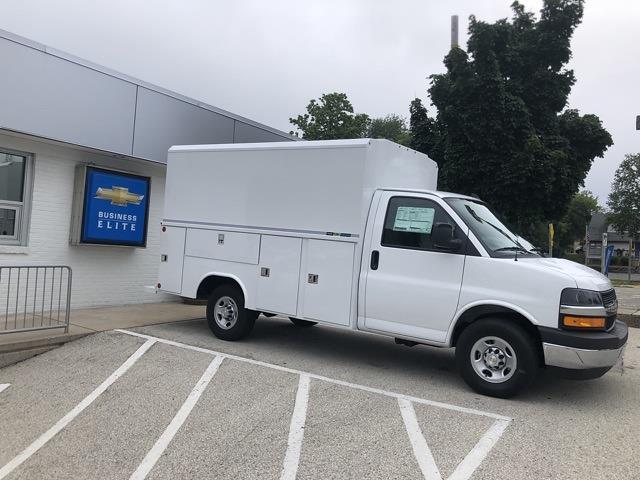 2021 Chevrolet Express 3500 4x2, Reading Service Utility Van #211111 - photo 1