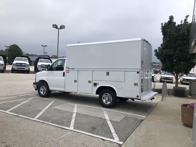 2021 Chevrolet Express 3500 4x2, Reading Service Utility Van #211122 - photo 1