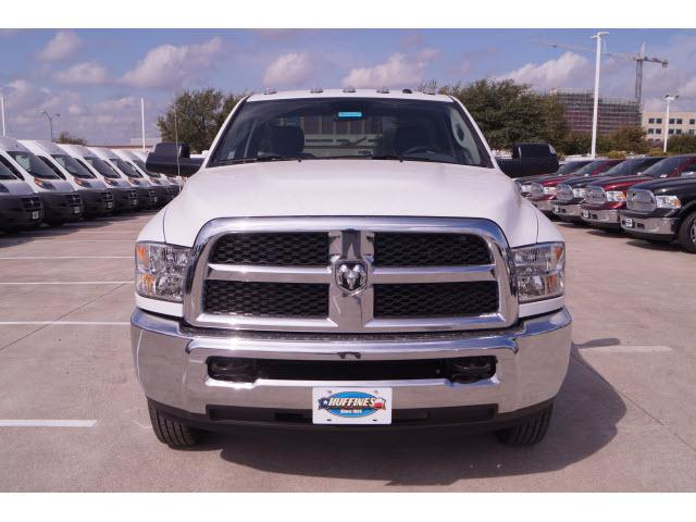 2018 Ram 3500 Regular Cab DRW 4x2,  Cab Chassis #18CF0065 - photo 18
