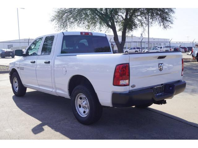 2018 Ram 1500 Quad Cab, Pickup #18CF0698 - photo 15