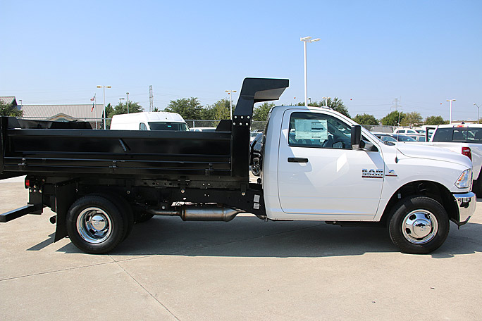 2018 Ram 3500 Regular Cab DRW 4x2,  CM Truck Beds Dump Body #18CF1151 - photo 3