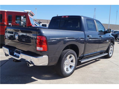 2018 Ram 1500 Crew Cab Pickup #18DT0280 - photo 2
