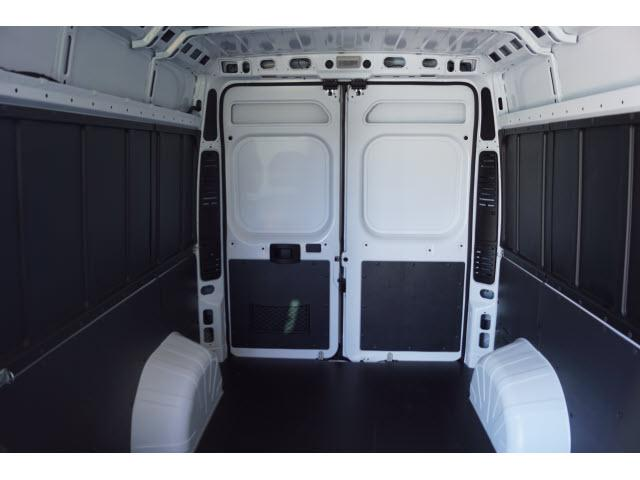 2018 ProMaster 2500 High Roof FWD,  Empty Cargo Van #18PM1145 - photo 4