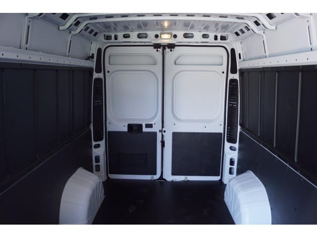 2018 ProMaster 2500 High Roof FWD,  Empty Cargo Van #18PM1302 - photo 4
