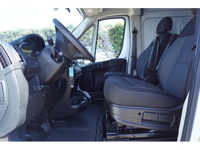 2018 ProMaster 2500 High Roof FWD,  Empty Cargo Van #18PM1302 - photo 5