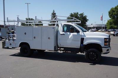 2021 Chevrolet Silverado 4500 Regular Cab DRW 4x4, Royal Truck Body Combo Body #M0244 - photo 4