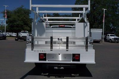 2021 Chevrolet Silverado 4500 Regular Cab DRW 4x4, Royal Truck Body Combo Body #M0244 - photo 6