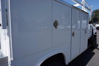 2021 Chevrolet Silverado 4500 Regular Cab DRW 4x4, Royal Truck Body Combo Body #M0244 - photo 8