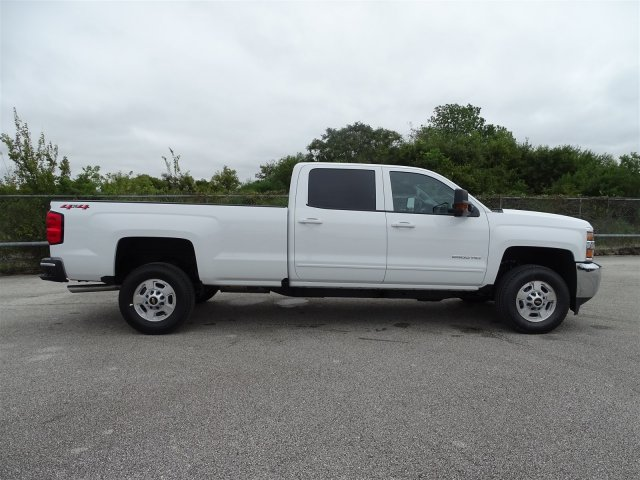 2019 Silverado 2500 Crew Cab 4x4,  Pickup #CC19106 - photo 8