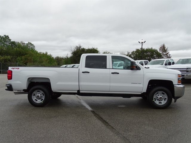 2019 Silverado 2500 Crew Cab 4x4,  Pickup #CC19161 - photo 3
