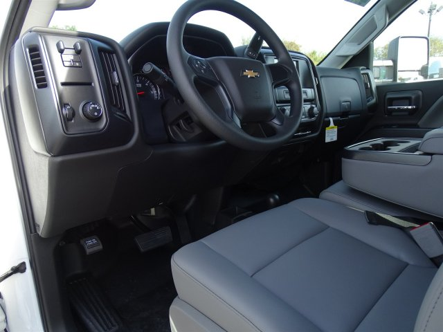 2019 Silverado 2500 Crew Cab 4x4,  Pickup #CC19164 - photo 10