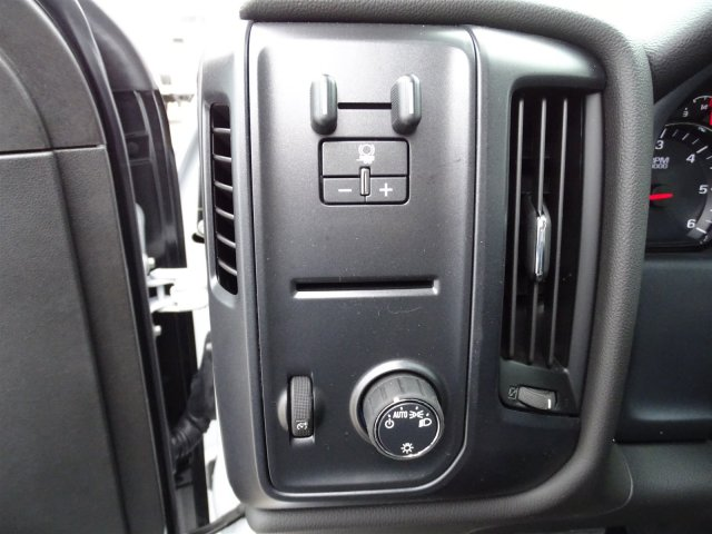 2019 Silverado 2500 Crew Cab 4x4,  Pickup #CC19173 - photo 15