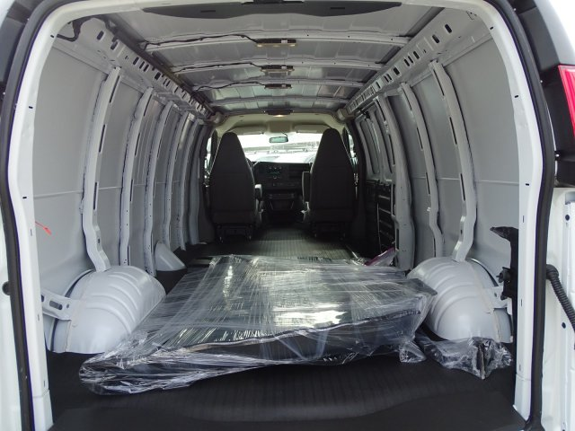2019 Chevrolet Express 2500 4x2,  Empty Cargo Van #CC19646 - photo 1