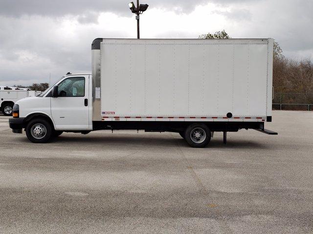 2020 Chevrolet Express 3500 4x2, Morgan Parcel Aluminum Cutaway Van #CC21060 - photo 5