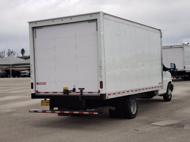 2020 Chevrolet Express 3500 4x2, Morgan Parcel Aluminum Cutaway Van #CC21060 - photo 2