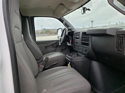 2020 Chevrolet Express 3500 4x2, Morgan Parcel Aluminum Cutaway Van #CC21060 - photo 13