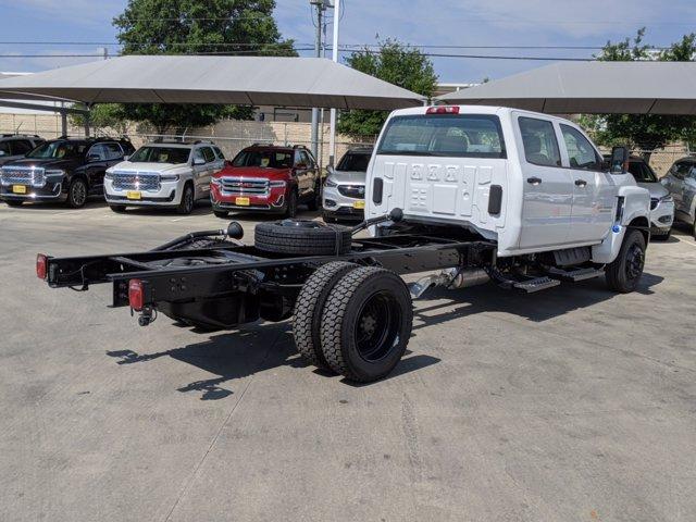 2020 Chevrolet Silverado 5500 Crew Cab DRW 4x2, Cab Chassis #CC21227 - photo 2