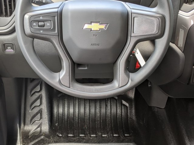 2020 Chevrolet Silverado 1500 Crew Cab 4x4, Pickup #CC21253 - photo 15