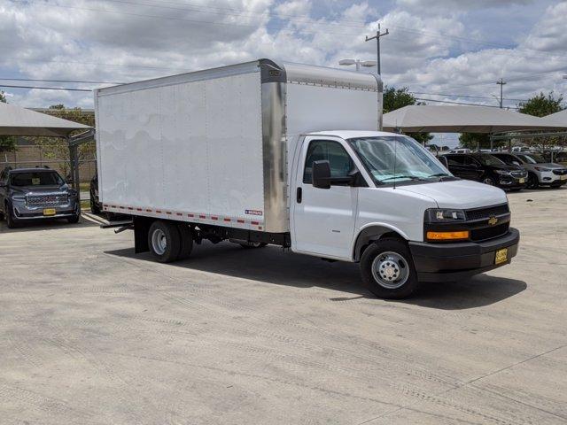 2020 Chevrolet Express 3500 4x2, Morgan Parcel Aluminum Cutaway Van #CC21273 - photo 1