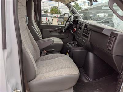 2020 Chevrolet Express 3500 4x2, Morgan Parcel Aluminum Cutaway Van #CC21273 - photo 15