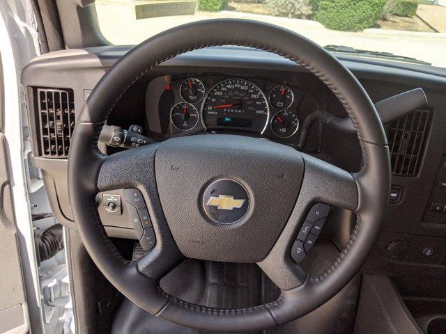 2020 Chevrolet Express 3500 4x2, Cutaway #CC21421 - photo 13